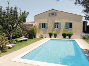 Holiday Home Molleges Les Acacias